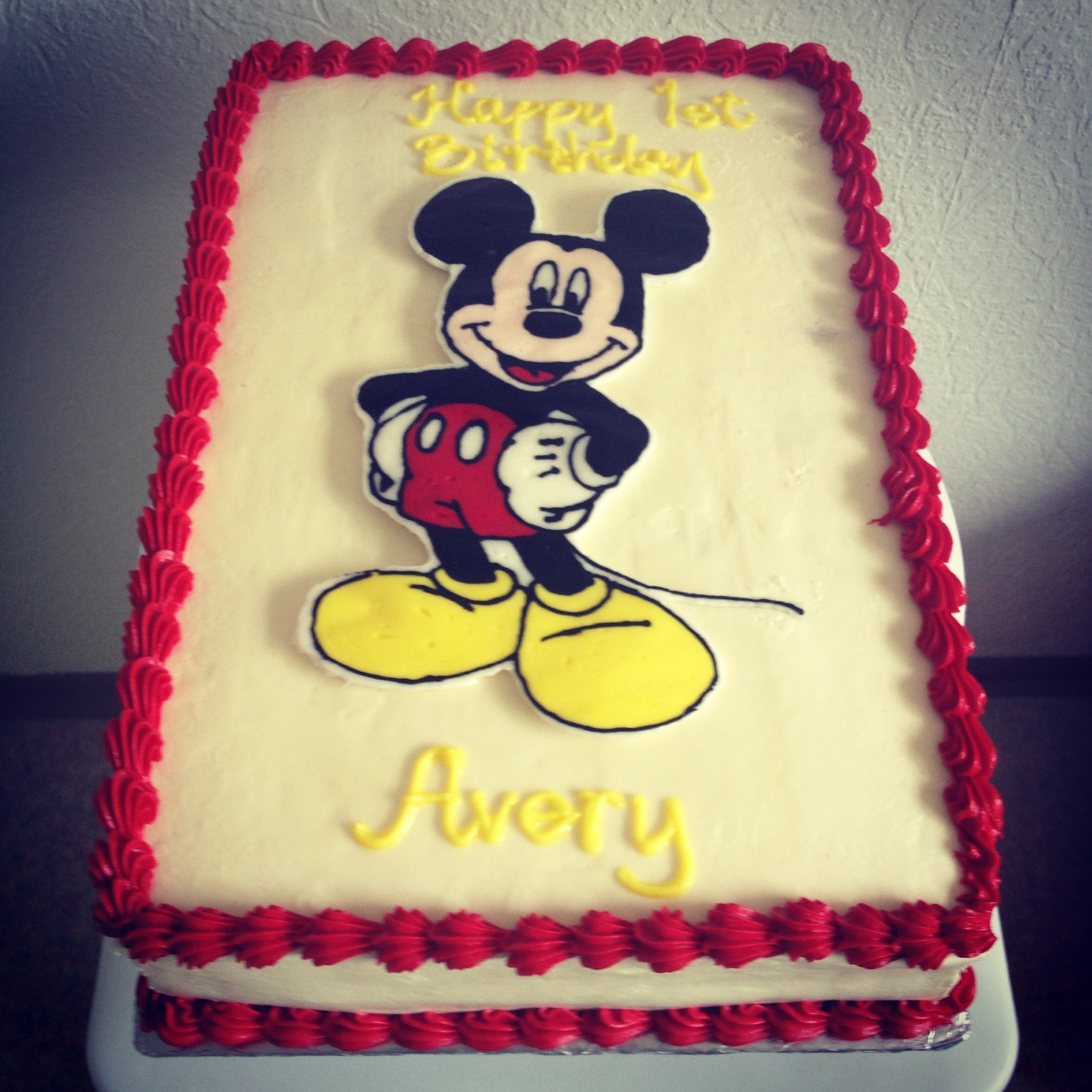 Mickey Mouse Cream Cake Images : Mickey Mouse Cake twincupcakery